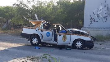 Muere taxista tras ser impactado por un camión urbano en Apodaca
