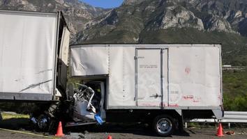 Accidente en la carretera Saltillo-Monterrey deja dos muertos