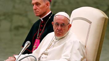 Papa Francisco condena abusos sexuales de sacerdotes