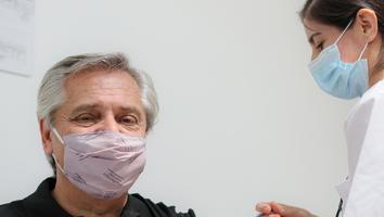 Presidente de Argentina da positivo a Covid-19 tras ser vacunado