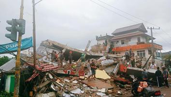 Terremoto en Indonesia deja 3 personas sin vida y 24 heridos
