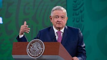 Economía de México crecerá 5 por ciento este año, estima AMLO