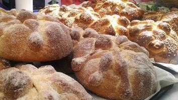 ¿Pan de muerto sin gluten?... ¡Sí es posible!