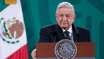 AMLO respalda a nueva dirigencia del Consejo Regulador del Mezcal