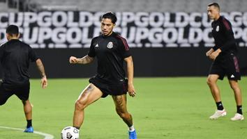 Carlos Salcedo, jugador de la Selección Mexicana