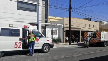 Trabajador sufre descarga eléctrica mientras pintaba techo de una casa en Cumbres