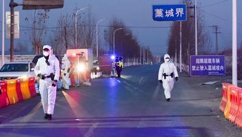China intensifica restricciones por aumento de casos de Covid-19