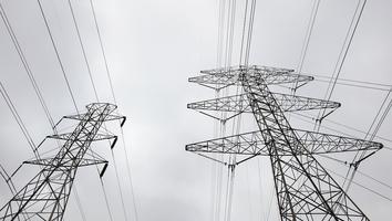 """Reforma es una """"nacionalización de la industria eléctrica"""": clúster energético"""