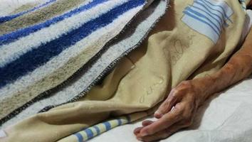 Mujer de 104 años gana por segunda vez la batalla contra el Covid-19