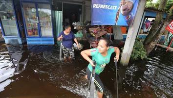 Sube a 10 la cifra de muertos por inundaciones en Tabasco