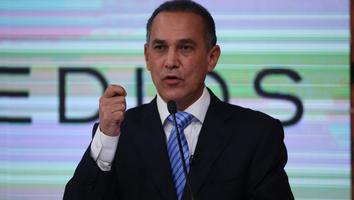 Samuel me recuerdas mucho a Rodrigo Medina: Fernando Larrazabal