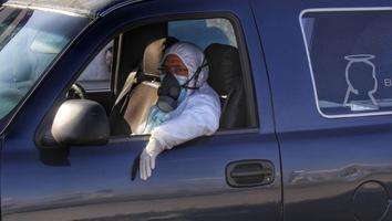 Senadoras piden prioridad para personal funerario en vacunación antocovid