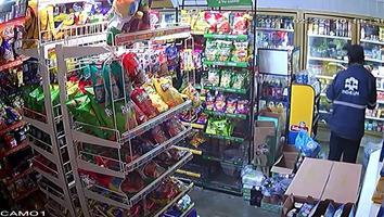 VIDEO: Captan robo en tienda de abarrotes en la colonia El Fundador