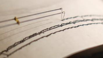 Sismo de magnitud 7.3 sacude Nueva Zelanda y genera alerta de tsunami