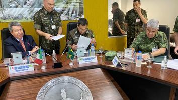 México y Brasil acuerdan mayor cooperación en defensa