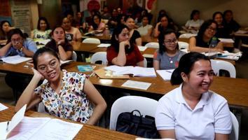 Filipinas ofrece enfermeras a Gran Bretaña y Alemania a cambio de vacunas anticovid