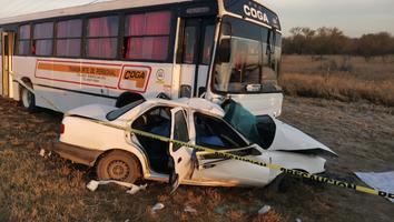 Mueren madre y su hijo tras accidente en la carretera a Zuazua