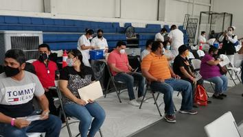 Inicia vacunación contra Covid-19 de 40 a 49 años en San Pedro