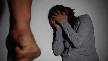 Violencia de género afecta a 59 de cada 100 mujeres en Nuevo León
