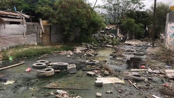 Fuga de aguas negras provoca problemas de salud a los habitantes de Monterrey