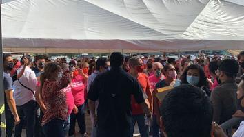 Protestan simpatizantes de Cristina Díaz por presuntas irregularidades previo a conteo de votos