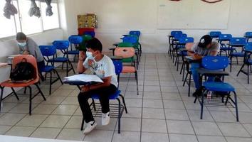 """Michoacán regresará a clases presenciales la próxima semana"": gobernador"
