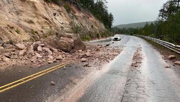 Reportan deslaves en carretera Durango- Mazatlán