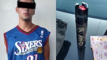 Jove es detenido por asaltar a una cajera y amenazarla con rociarle gas pimienta en Guadalupe